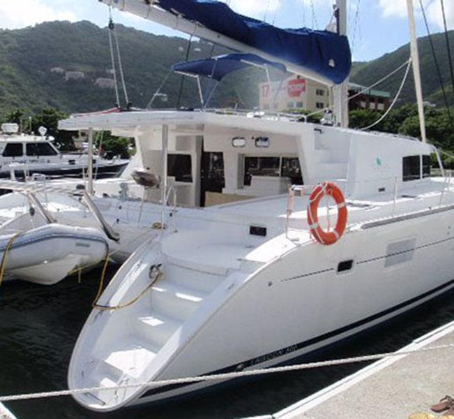 Lagoon 500 - Catamaran Saling vacations -5 Cabins and 5