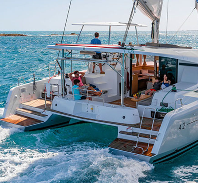 Lagoon 42 3 cabins best rated bvi charters