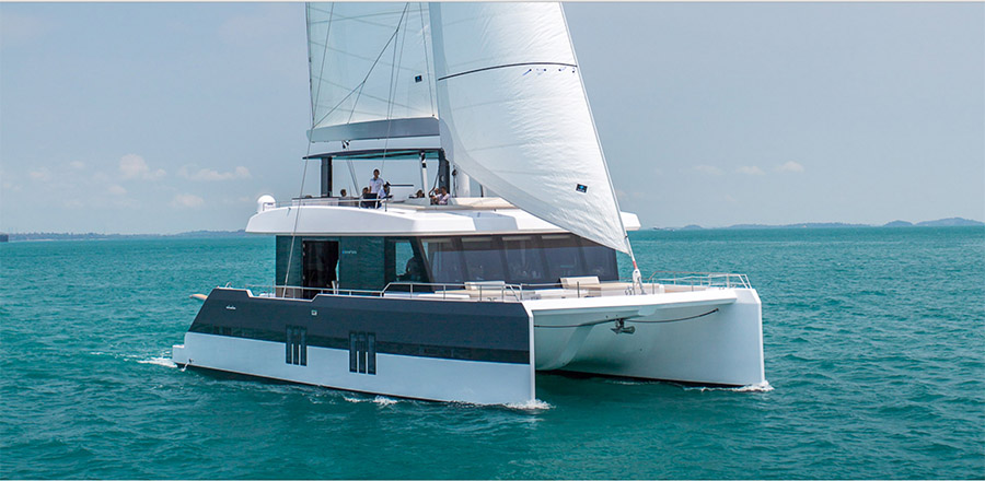 Book 7 days and get 15% discount on Sunreef Supreme 68