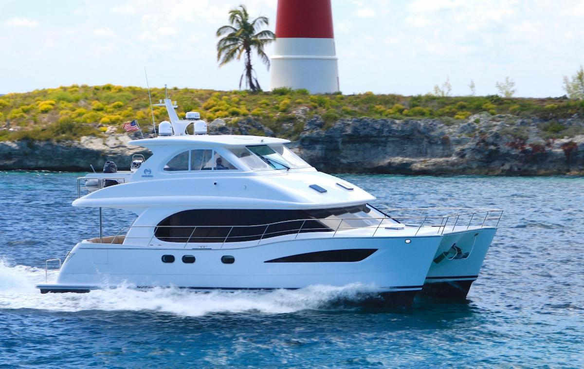 Power & Sail Catamarans: 52 Footers | Horizon | Lagoon | Custom
