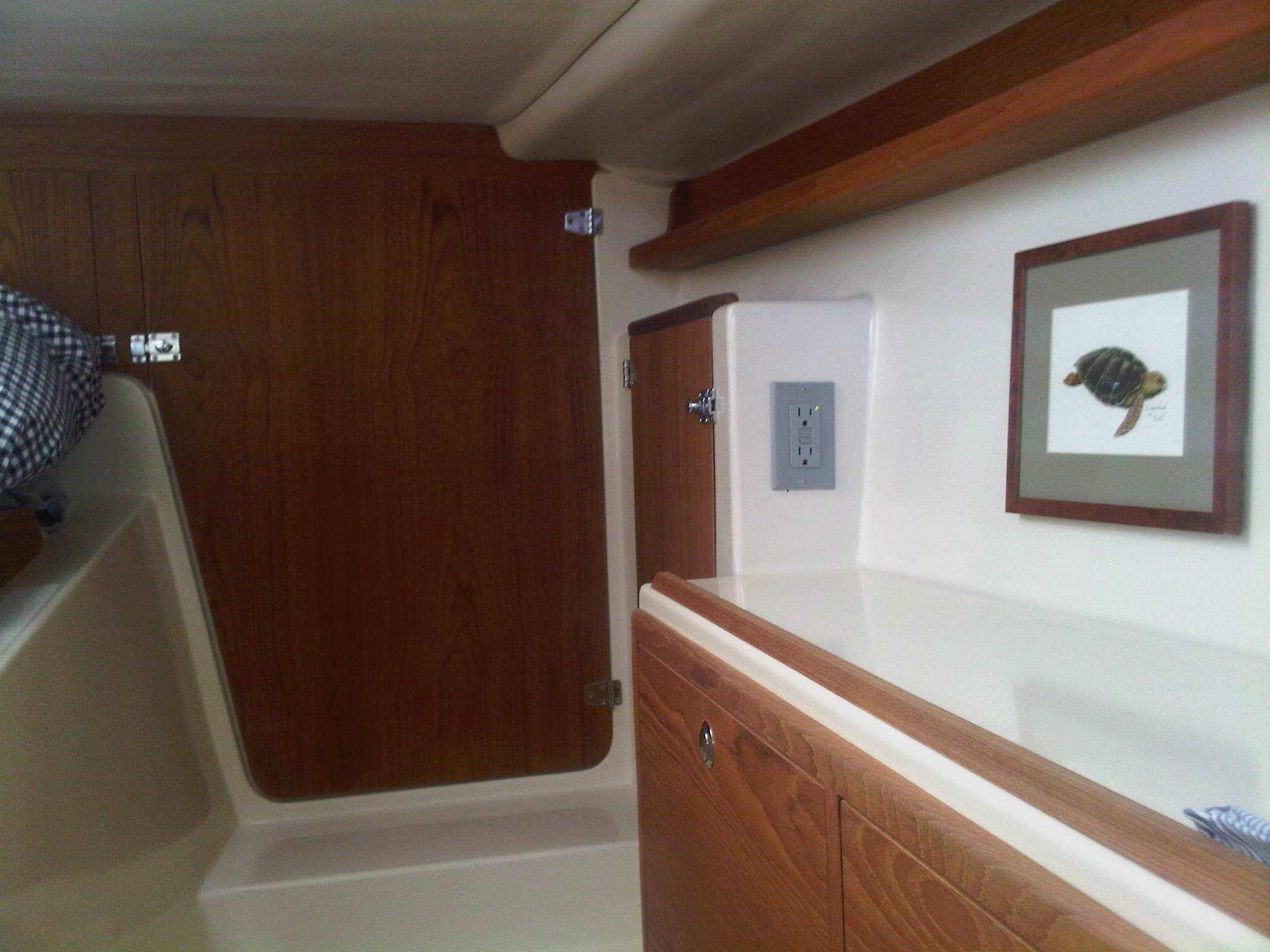 Preowned Sail Catamarans for Sale 2010 Gemini 105Mc Layout & Accommodations