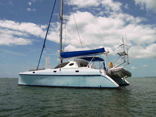 Preowned Sail Catamarans for Sale 1995 Catana 411 Boat Highlights