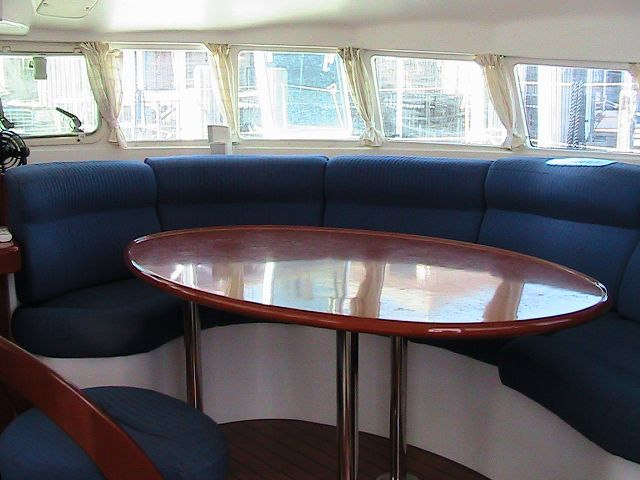 Used Sail Catamaran for Sale 2004 Lagoon 470 Layout & Accommodations