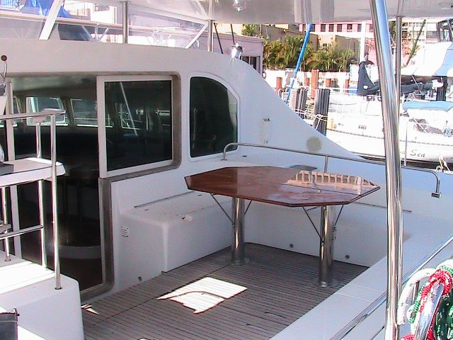Preowned Sail Catamarans for Sale 2004 Lagoon 470 Deck & Equipment