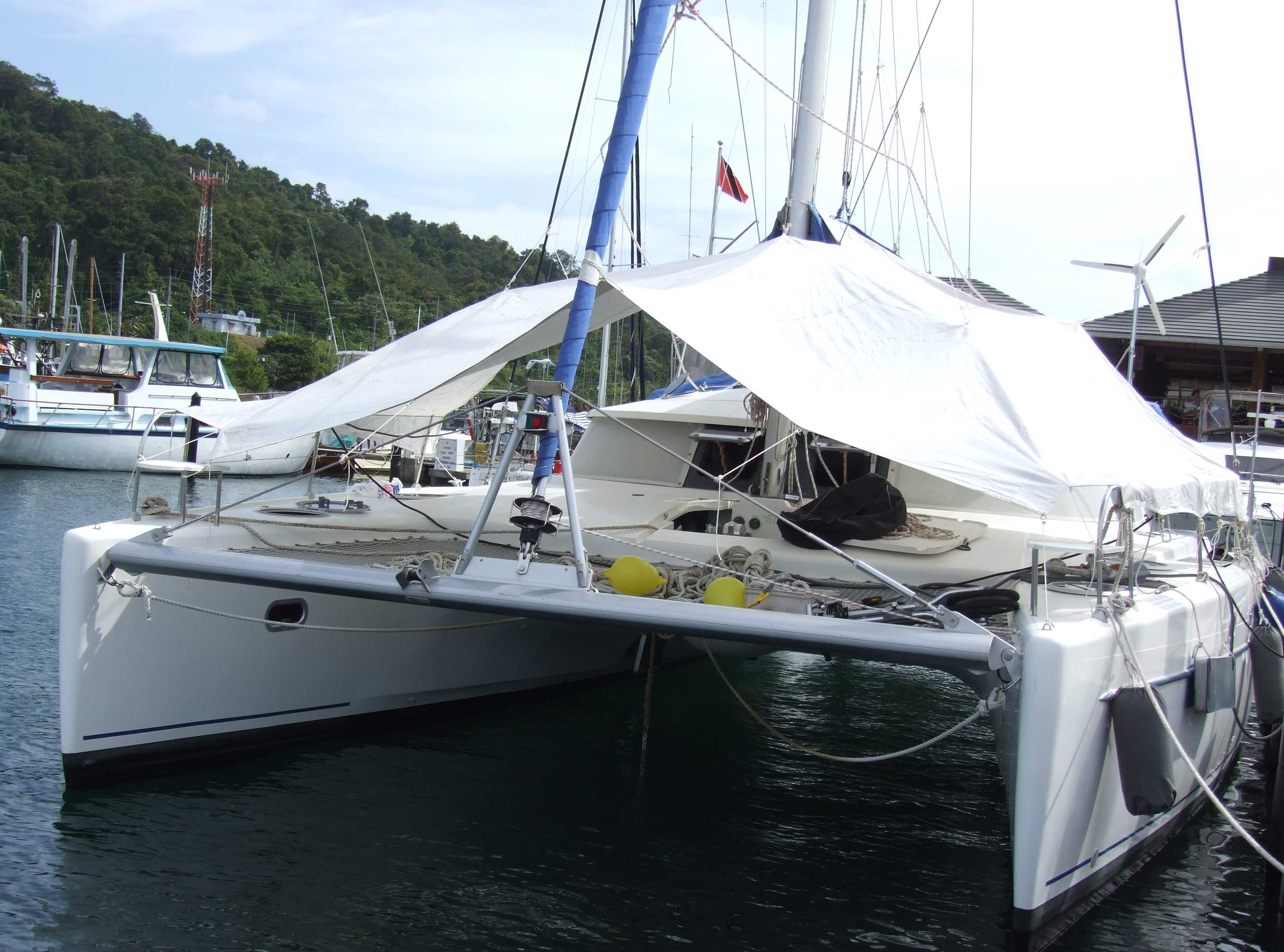 Preowned Sail Catamarans for Sale 2000 Belize 43 Boat Highlights