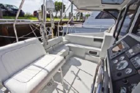 Used Sail Catamaran for Sale 2008 Gemini 105Mc Deck & Equipment