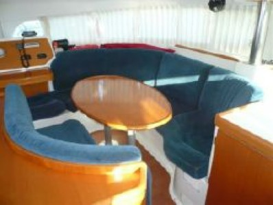 Used Sail Catamaran for Sale 2006 Lagoon 410 Layout & Accommodations