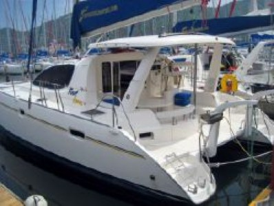 Preowned Sail Catamarans for Sale 2005 Leopard 40 Boat Highlights