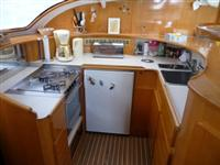 Preowned Sail Catamarans for Sale 1999 Privilege 465 Galley