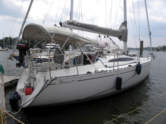 Preowned Sail Catamarans for Sale 2007 Delphia 37 Boat Highlights