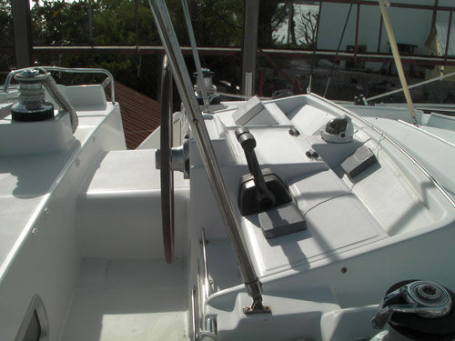 Preowned Sail Catamarans for Sale 2006 Lagoon 440 Deck & Equipment