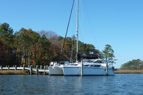 Preowned Sail Catamarans for Sale 2004 Gemini 105Mc Boat Highlights