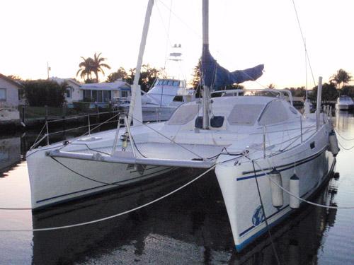 Preowned Sail Catamarans for Sale 1998 Catana 411 Boat Highlights