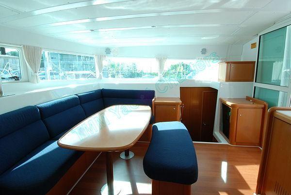 Used Sail Catamaran for Sale 2007 Lagoon 420 Layout & Accommodations