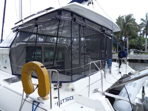 Preowned Sail Catamarans for Sale 2007 Lagoon 420 Deck & Equipment