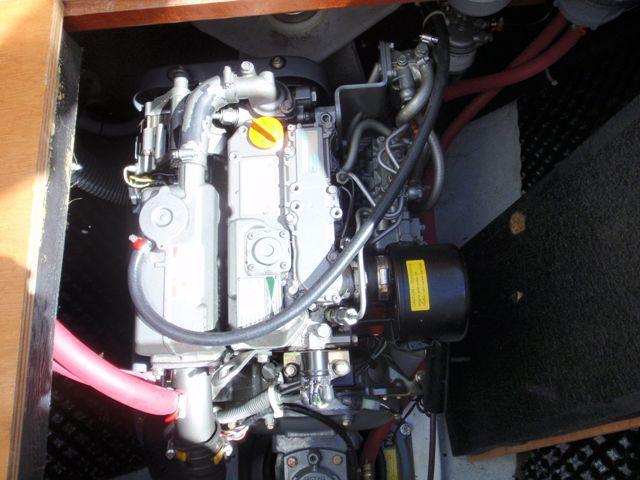 Preowned Sail Catamarans for Sale 2005 Lagoon 380 S2 Engine & Mechanical