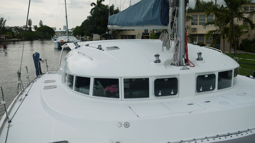 Preowned Sail Catamarans for Sale 1999 Lagoon 410 Deck & Equipment