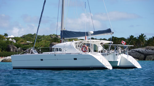 Preowned Sail Catamarans for Sale 1999 Lagoon 410 Boat Highlights