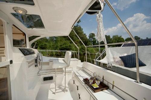Used Sail Catamaran for Sale 2010 Gemini 105Mc Deck & Equipment