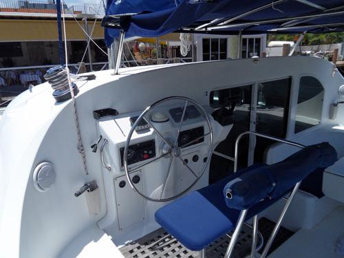 Preowned Sail Catamarans for Sale 2002 Lagoon 410 Deck & Equipment