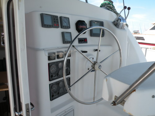 Preowned Sail Catamarans for Sale 2001 Moorings 3800 Deck & Equipment
