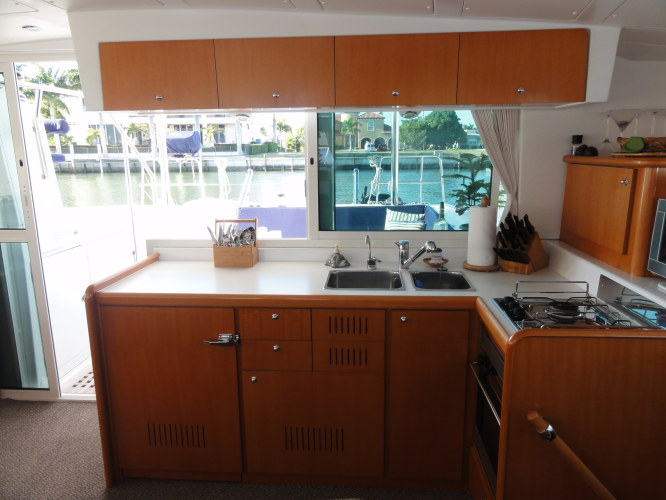 Used Sail Catamaran for Sale 2007 Lagoon 420 Galley