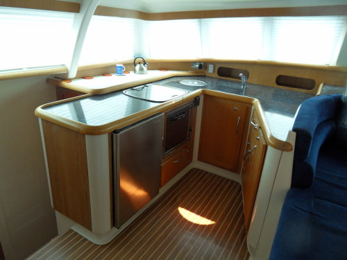 Preowned Sail Catamarans for Sale 2007 Broadblue 415 Galley