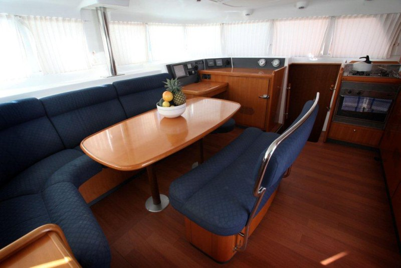 Preowned Sail Catamarans for Sale 2006 Lagoon 440 Layout & Accommodations