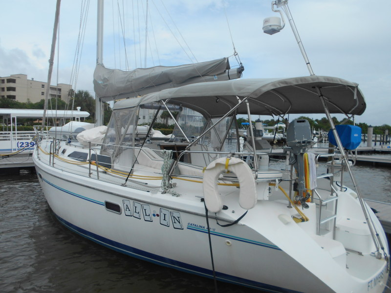 Preowned Sail Catamarans for Sale 1997 Catalina 42 Boat Highlights