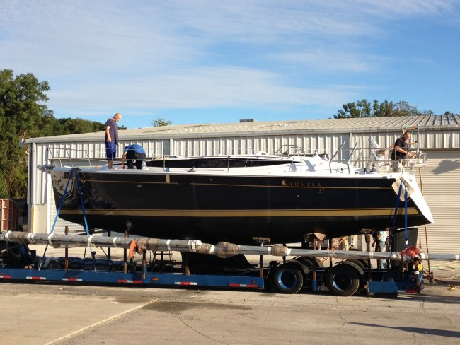New Sail Monohull for Sale 2014 Hunter 37 Boat Highlights