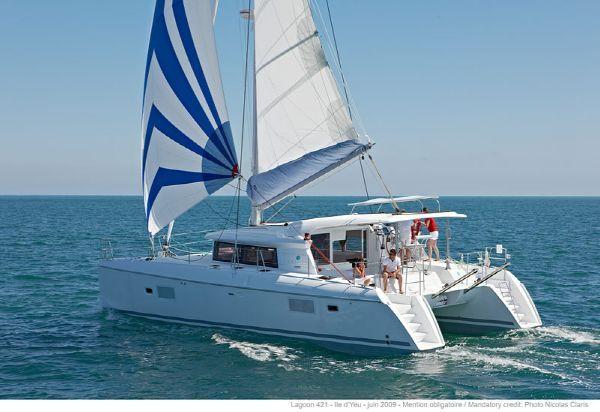 Preowned Sail Catamarans for Sale 2013 Lagoon 421 Boat Highlights