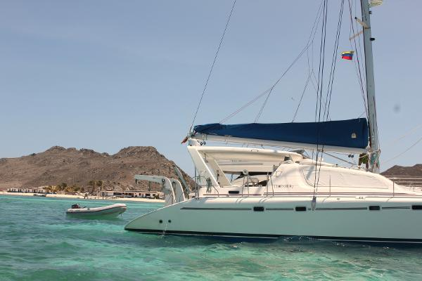 Preowned Sail Catamarans for Sale 2001 Leopard 47 Boat Highlights
