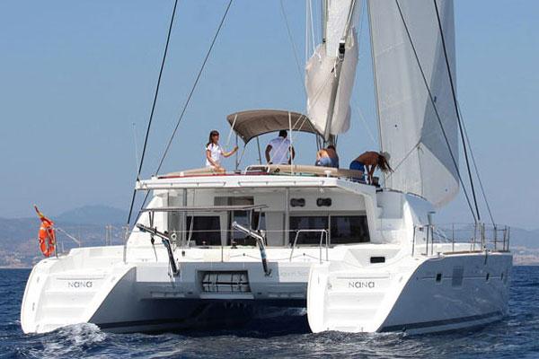 Used Sail Catamaran for Sale 2012 Lagoon 500 Boat Highlights