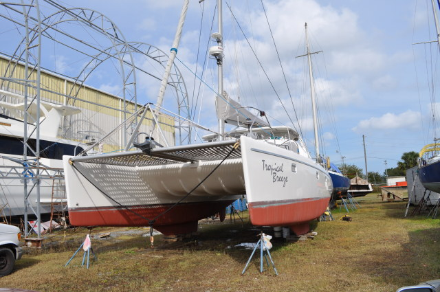 Preowned Sail Catamarans for Sale 2004 Maxim 380 Boat Highlights