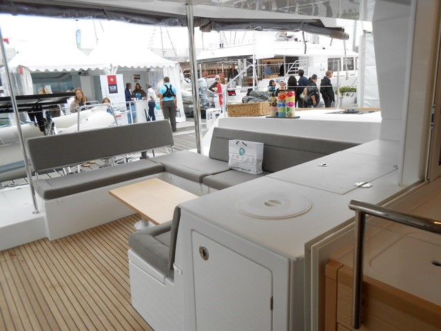 Used Sail Catamaran for Sale 2013 Lagoon 450 Deck & Equipment