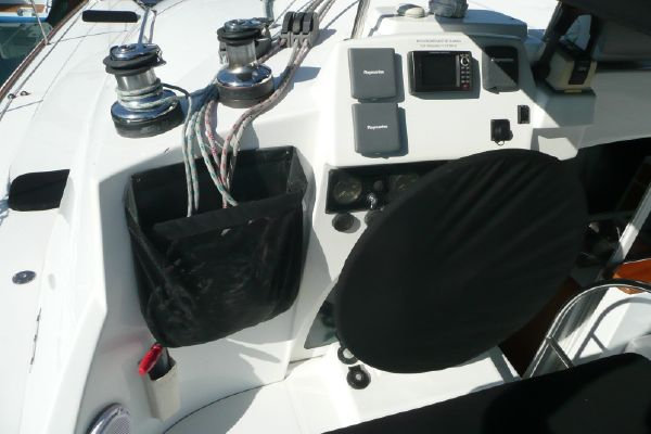 Preowned Sail Catamarans for Sale 2006 Lagoon 380 S2 Electronics & Navigation
