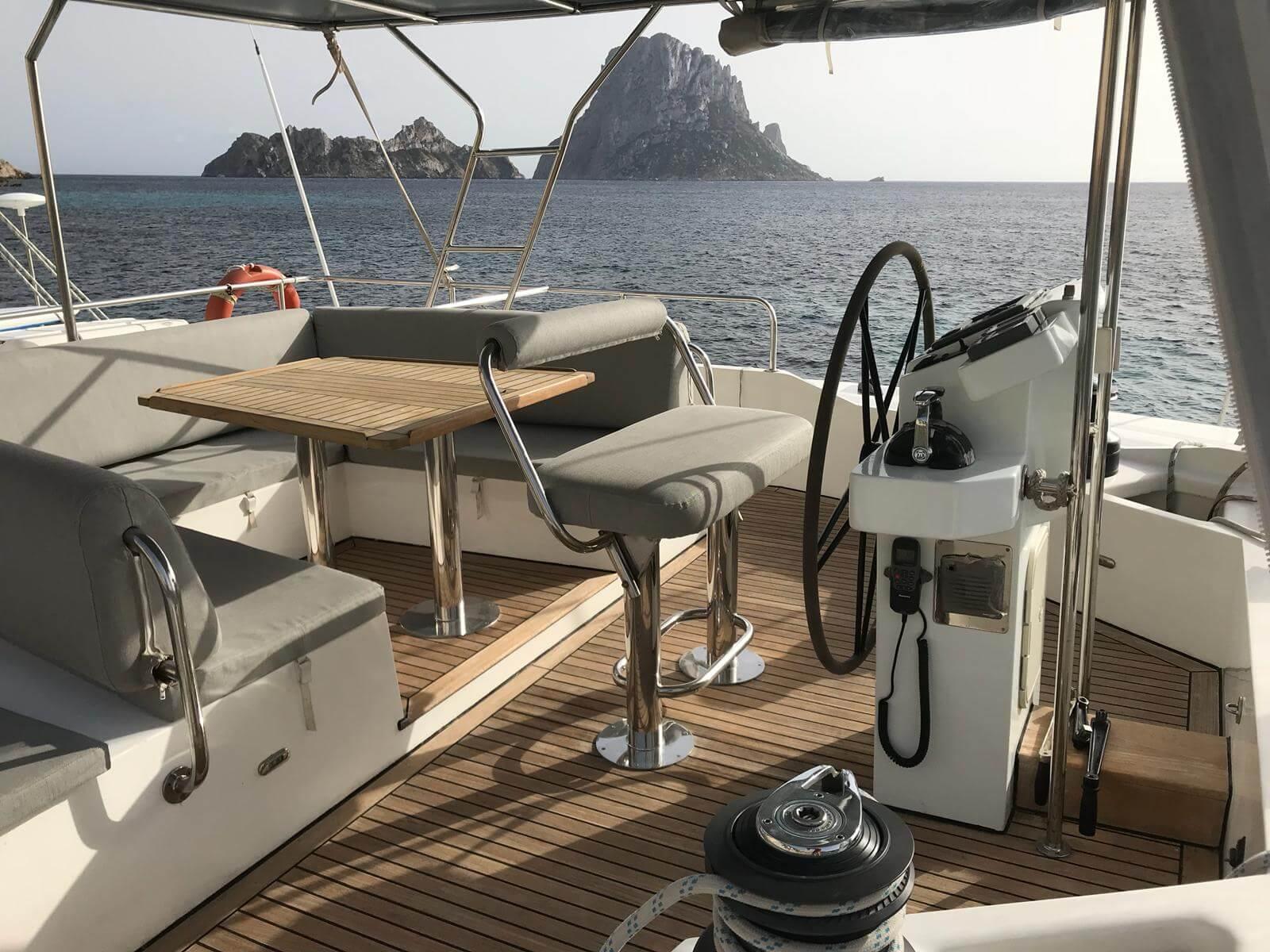 Catamarans ZAHORA, Manufacturer: SUNREEF, Model Year: 2008, Length: 62ft, Model: Sunreef 62, Condition: Used, Status: Catamaran for Sale, Price: EUR 675000