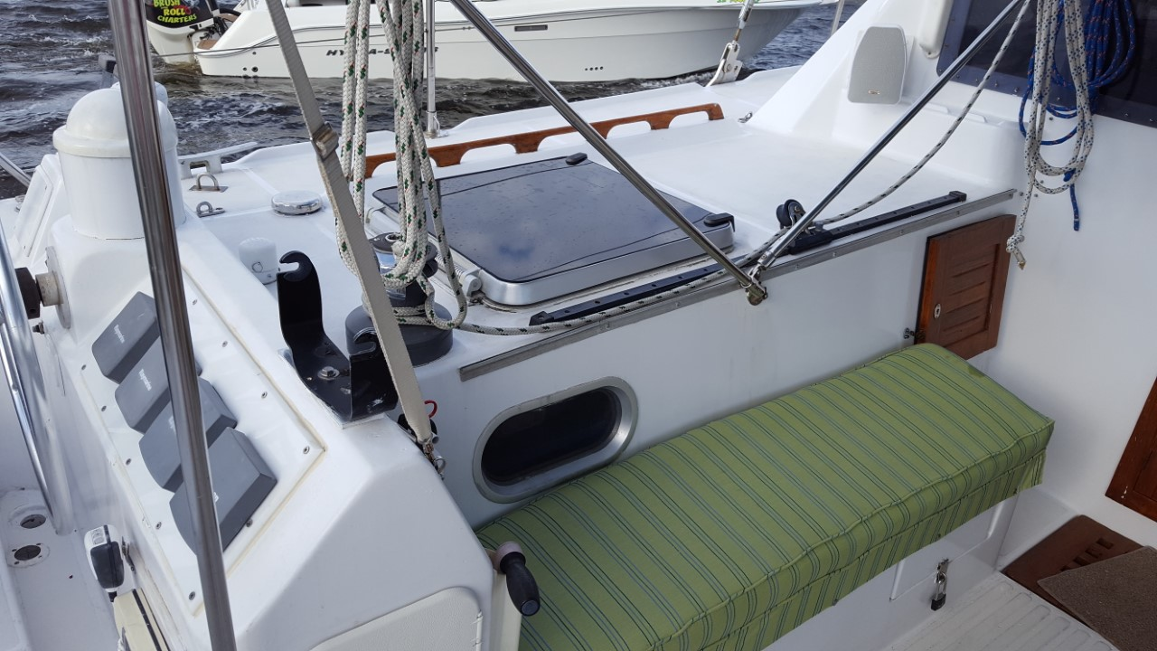 Preowned Sail Catamarans for Sale 1989 Privilege 39 Deck & Equipment