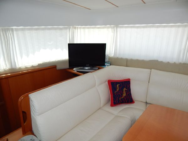 Used Power Catamaran for Sale 2004 Lagoon 43 Power  Layout & Accommodations