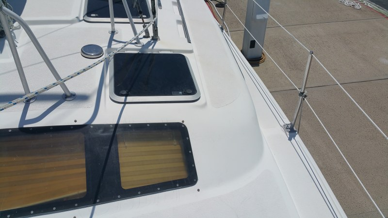 Preowned Sail Catamarans for Sale 1998 Gemini 105Mc Deck & Equipment