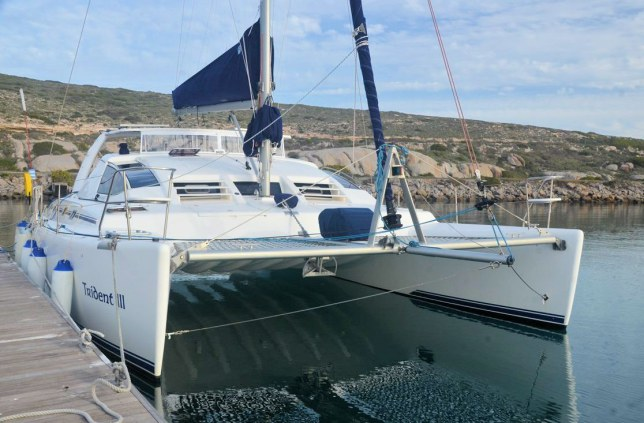 Preowned Sail Catamarans for Sale 2005 Admiral 38 Boat Highlights