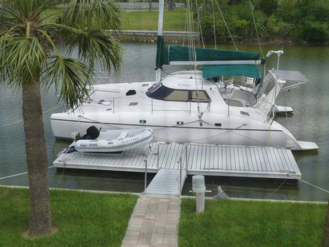 Used Sail Catamaran for Sale 1999 Wildcat 350 Boat Highlights