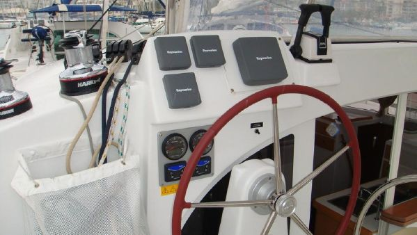 Preowned Sail Catamarans for Sale 2008 Lagoon 380 Electronics & Navigation
