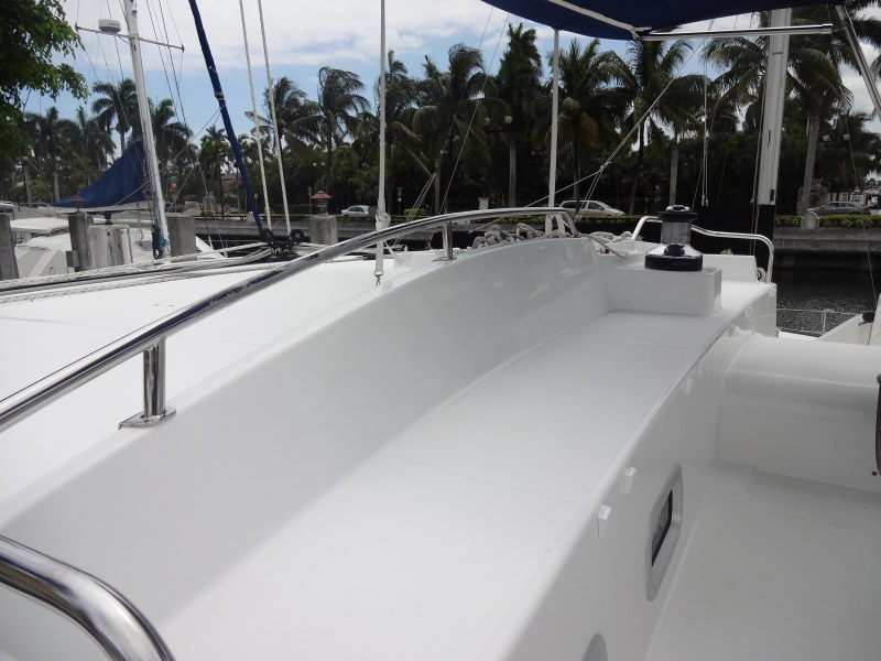 Used Sail Catamaran for Sale 2007 Lagoon 440 Deck & Equipment