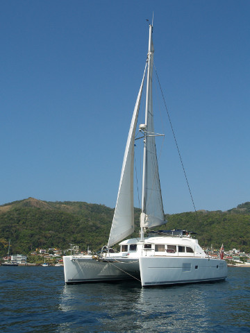 Used Sail Catamaran for Sale 2011 Lagoon 380 S2 Boat Highlights