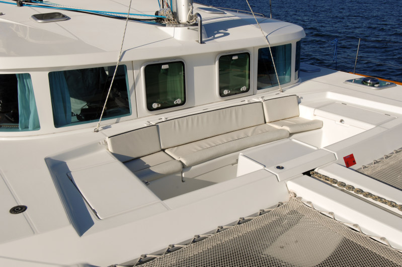 Preowned Sail Catamarans for Sale 2004 Lagoon 440 Deck & Equipment