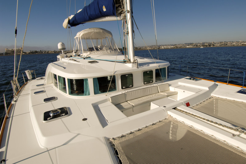 Used Sail Catamaran for Sale 2004 Lagoon 440 Deck & Equipment