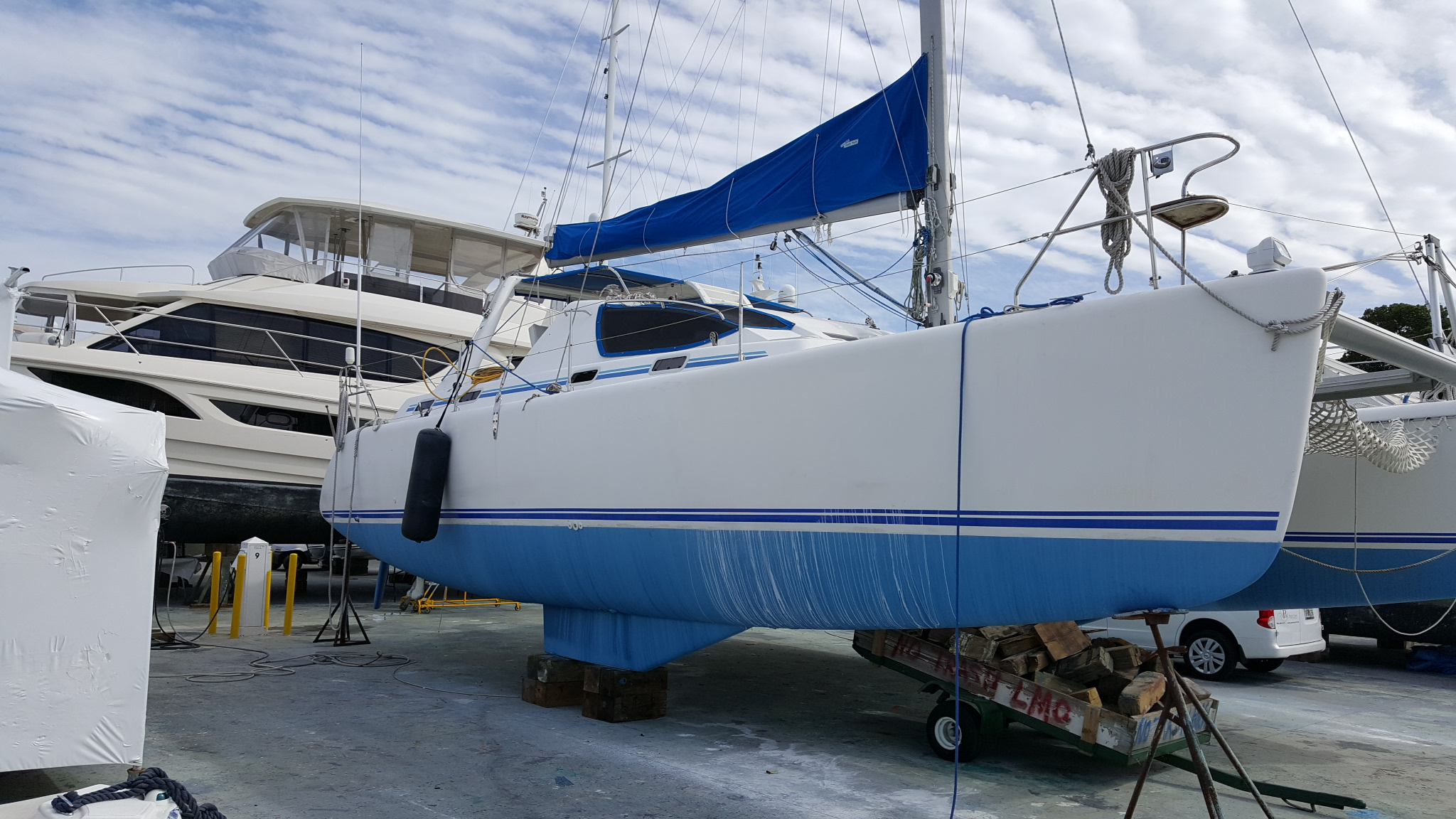 Preowned Sail Catamarans for Sale 2002 Admiral 38 Boat Highlights