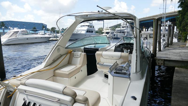 Preowned Power Catamarans for Sale 2012 310 SUNDANCER Deck & Equipment