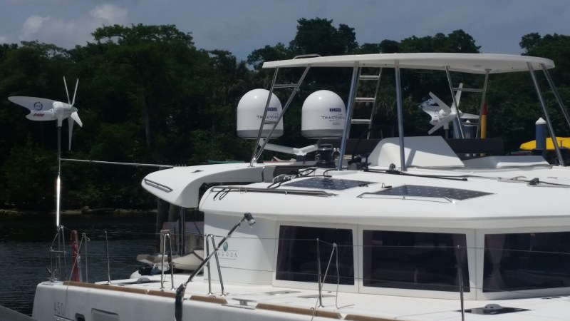Used Sail Catamaran for Sale 2014 Lagoon 450 Boat Highlights